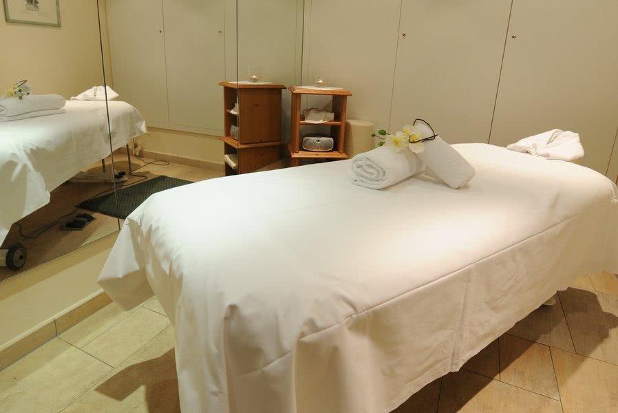 wellness spa im hotel maximilian munich m nchen. Black Bedroom Furniture Sets. Home Design Ideas