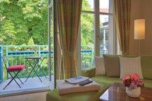 Suite Wohnzimmer Balkon München