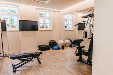 Modernisiertes Fitnessstudio Hotel München Maximilian Munich