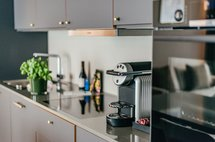 Spacious fully equipped kitchen townhouse suite maximilian munich aparthotel