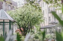 Außenansicht Maximilian Munich Rosengarten Innenhof