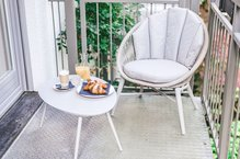 Frühstück auf dem Balkon Roof Garden Suite Hotel München Innenstadt